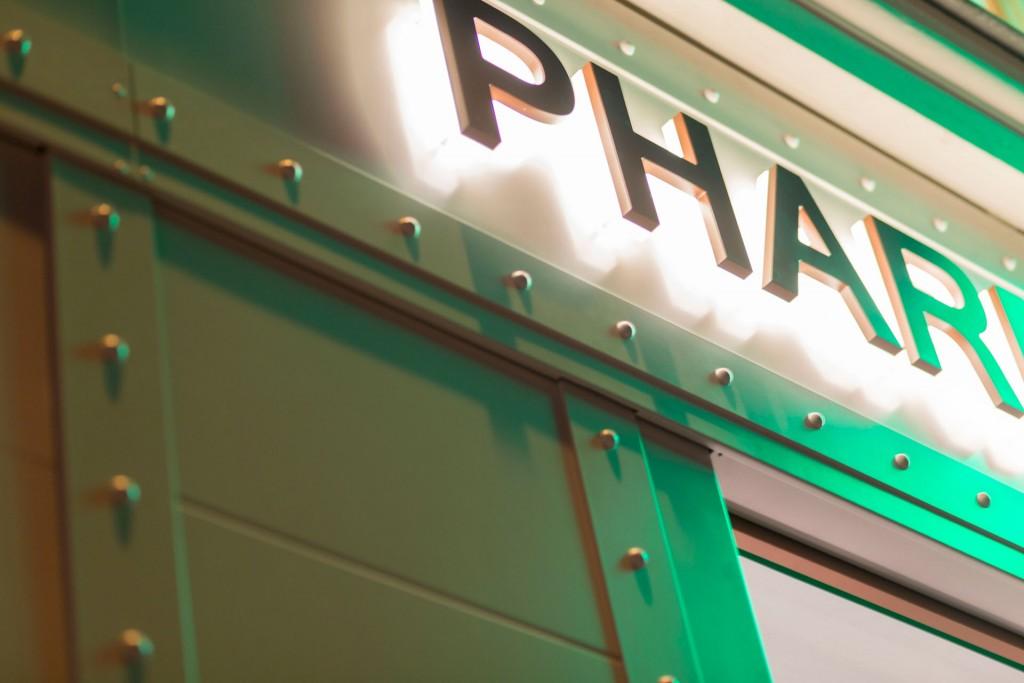 pharmacie-arts-et-metiers-facade