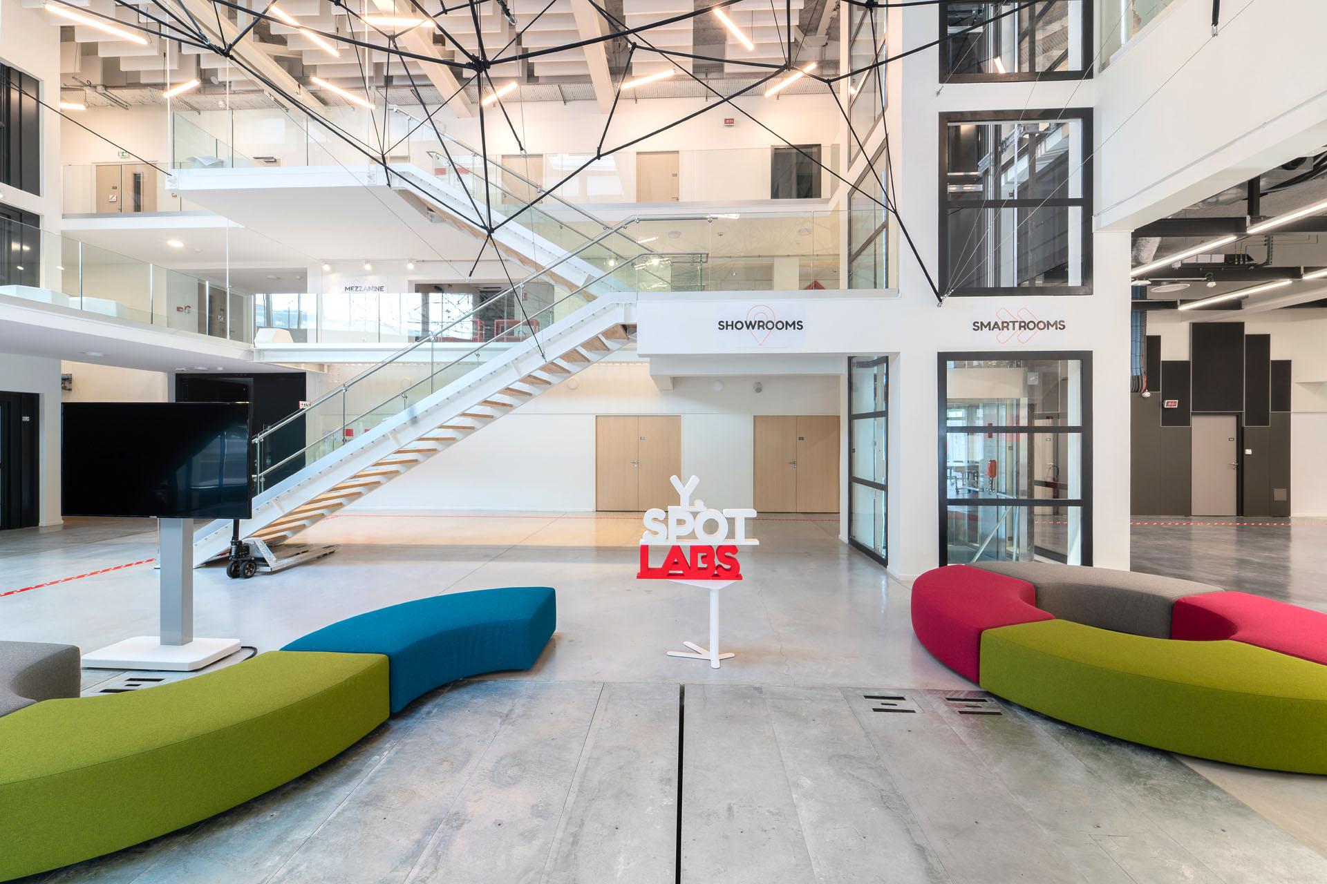 2 Y Spot Labs Accueil plateaux recherche